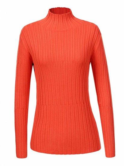 Oranje basic pullover in maille.