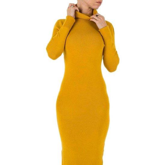 Sexy lange mosterd gele trui-jurk.