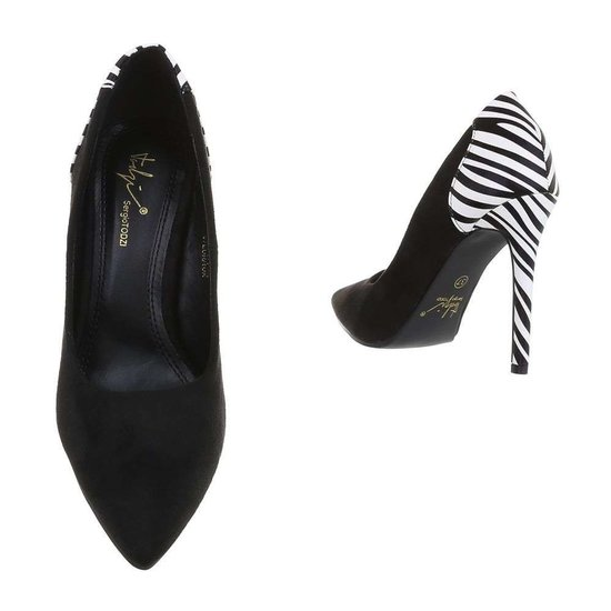 Stylish zebra print pump Tia.