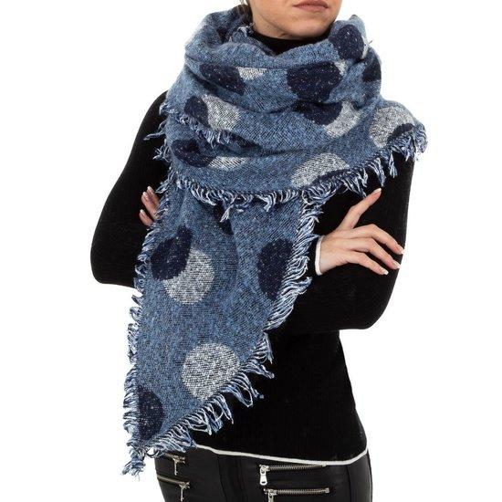 Modieuze blauwe sjaal.