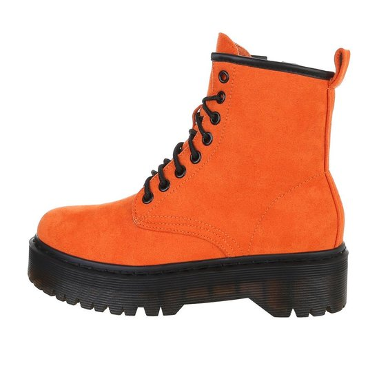 Oranje hoge veterboot Hana in daim.SOLD OUT