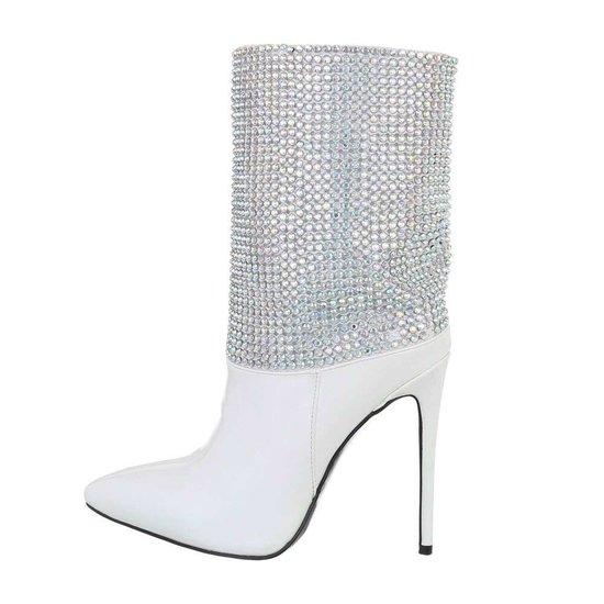 Fashion wit enkellaarsje Danielle.SOLD OUT