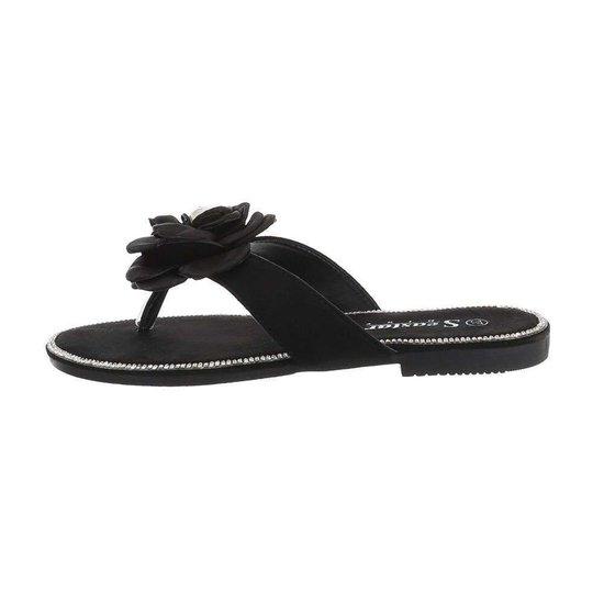 Zwarte fashion sandaal Tora.