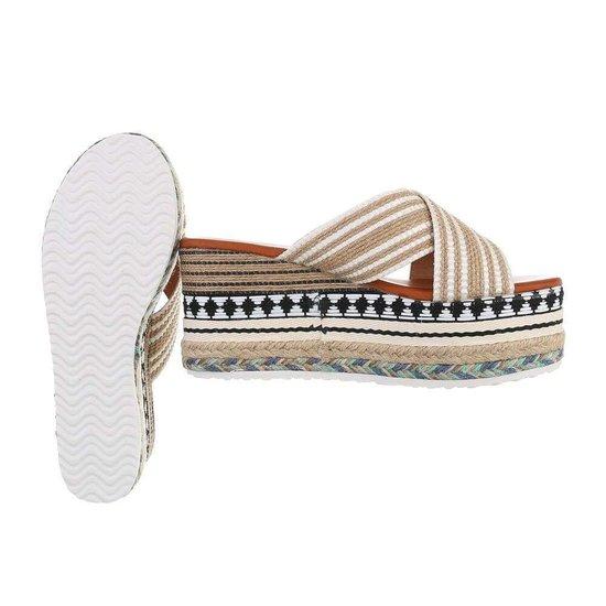 Modieuze witte/mix platform sandaal Tamita