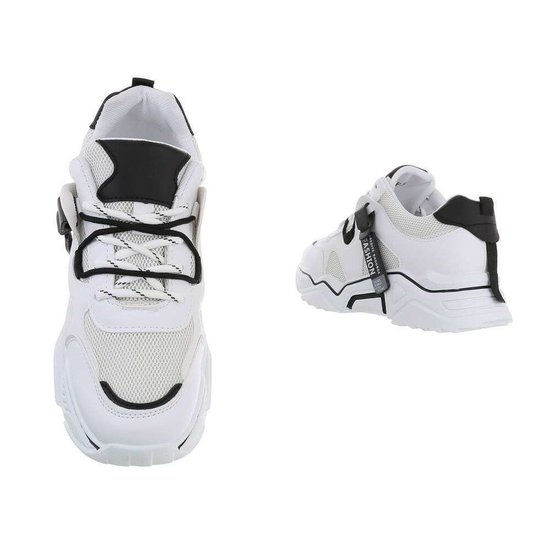 Trendy lage witte sneaker Gerda.