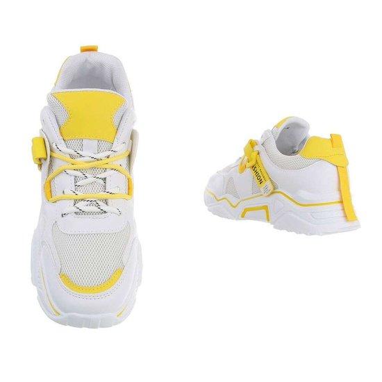 Trendy lage gele sneaker Gerda.