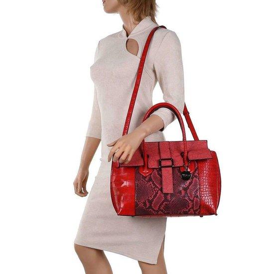 Klassieke rode schoudertas met animal print.