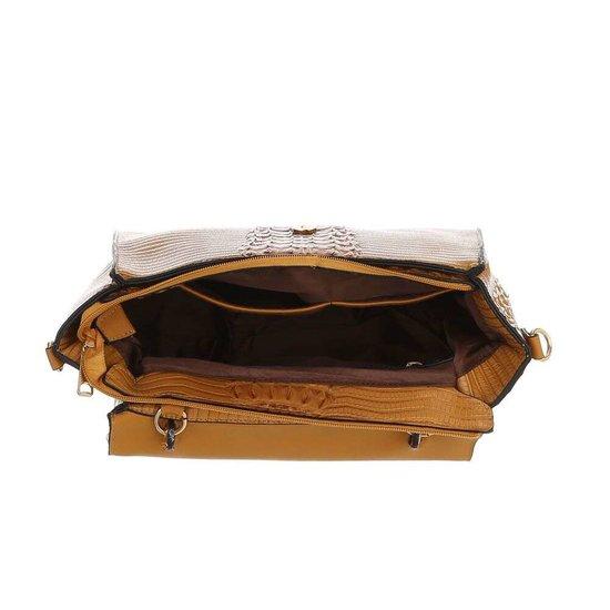 Classy taupe schoudertas met designer embleem Model 1.