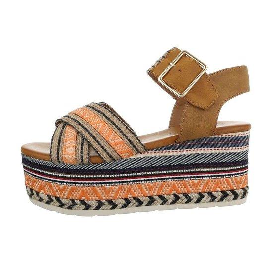 Trendy camel platform sandaal Micha.