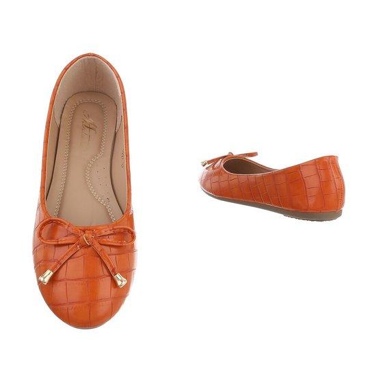 Oranje ballerina Milda.