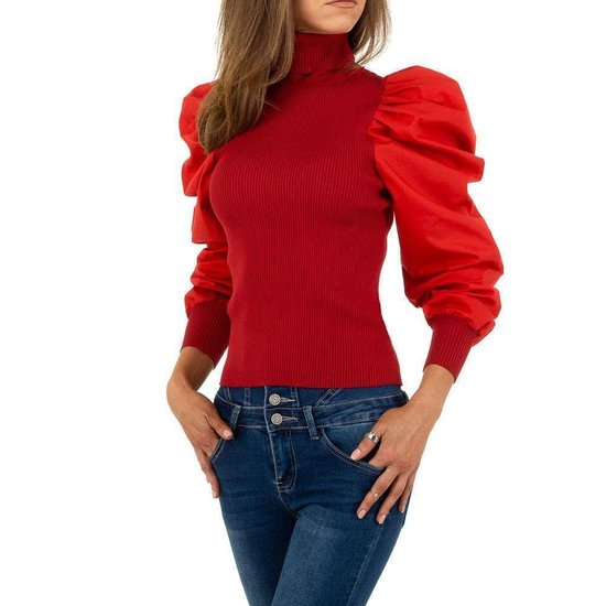 Trendy rode pullover.
