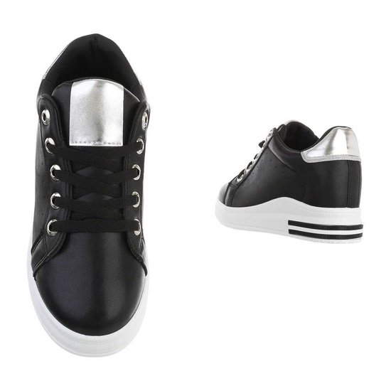 Casual zwart/zilveren hoge sneaker Glena.