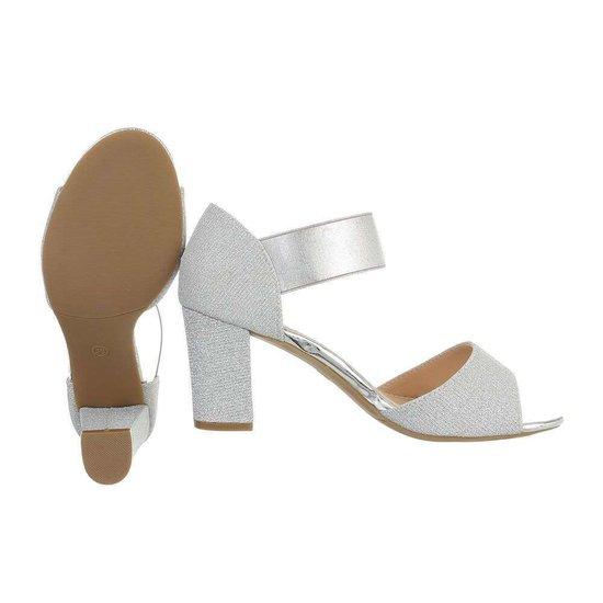 Zilveren sandaal Brea.