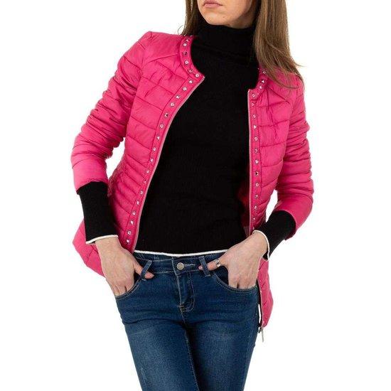 Fashion korte lichte roze jacket.