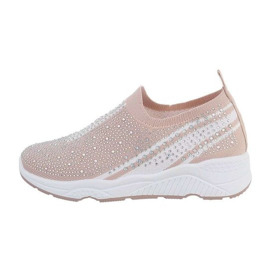 Rose lage step in sneaker Lize.