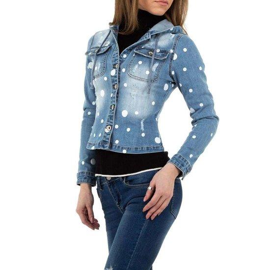 Trendy korte blauwe jeans jacket.