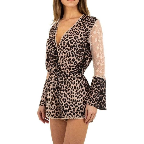 Trendy leopard romper.