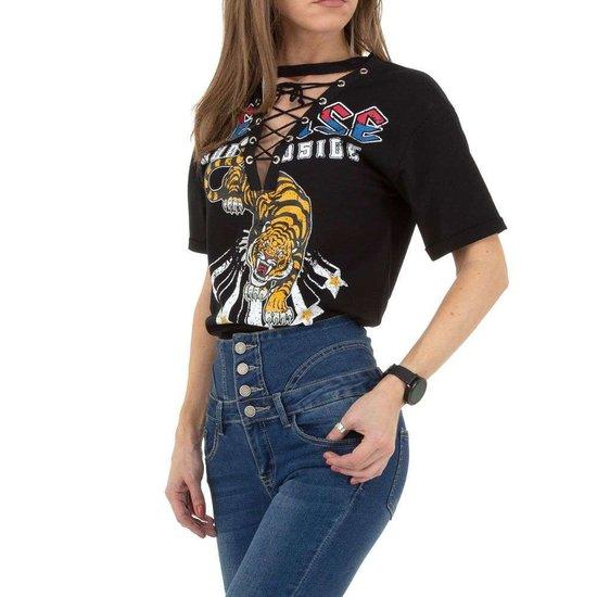 Fashion zwarte T-shirt met v-hals.SOLD OUT