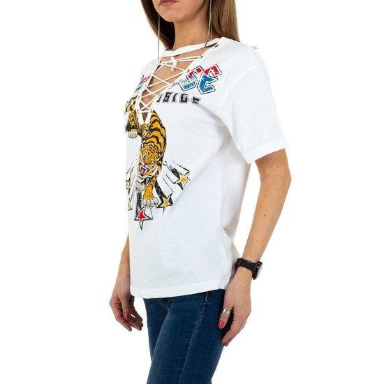 Fashion witte T-shirt met v-hals.