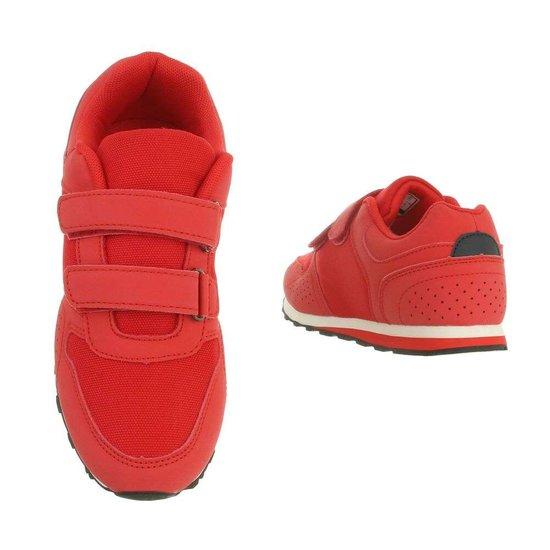 Leuke rode kinder sneaker Ben.