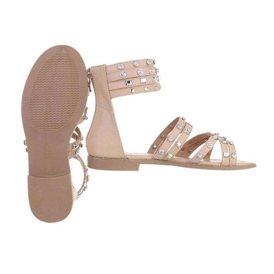 Trendy lage beige sandaal Liva.