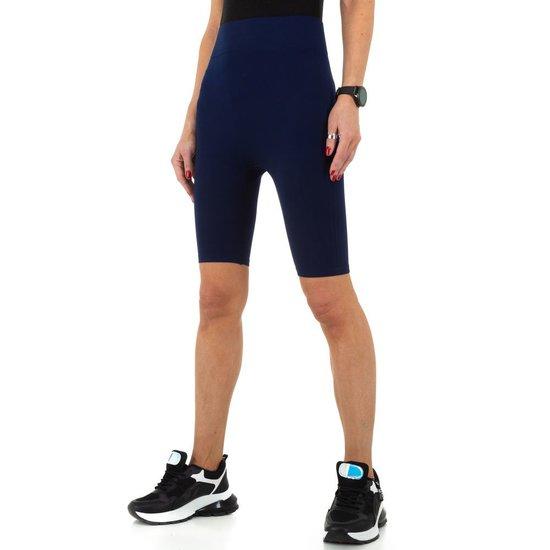 Donker blauwe sportieve short.SOLD OUT