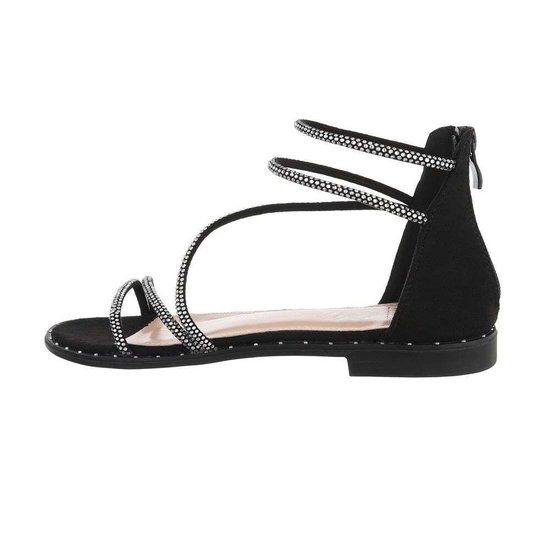 Trendy lage zwarte sandaal Astrid.