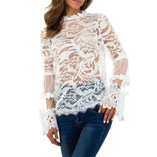 Elegante witte blouse in kant.