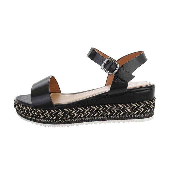 Zwarte sandaal met sleehak Sena.