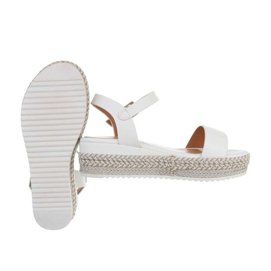Witte sandaal met sleehak Sena.