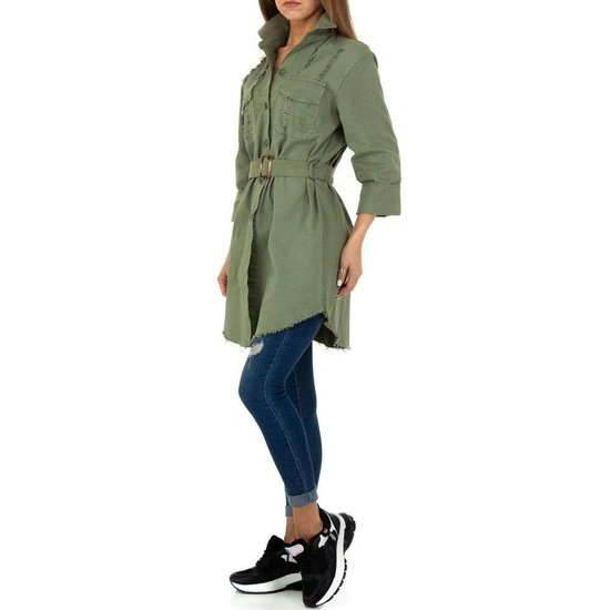Hippe korte kaki groene jas.