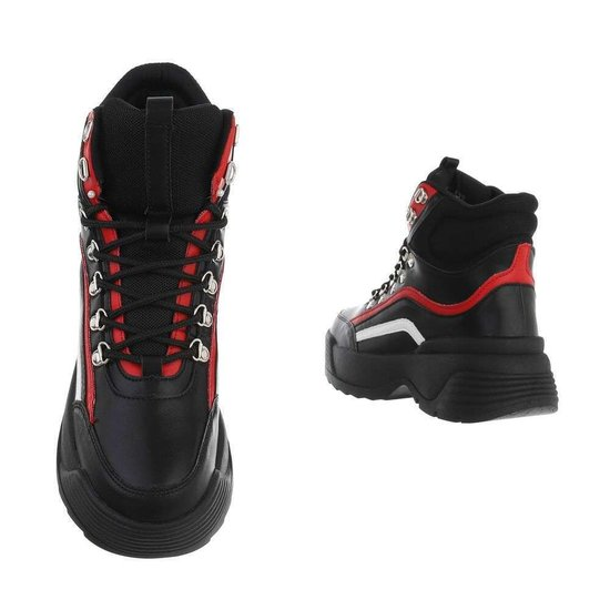 Hoge zwart rode sneaker/boot Nada.