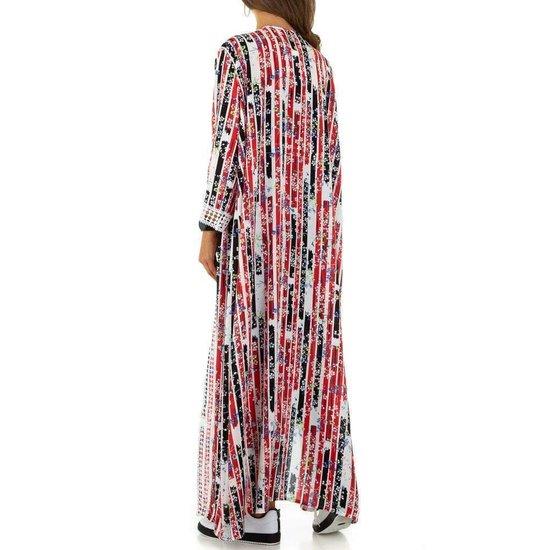 Trendy rode maxi kimono.