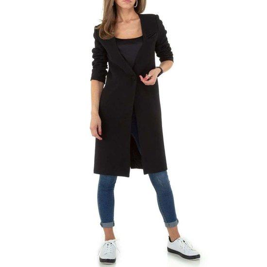 Trendy lange zwarte blazer.