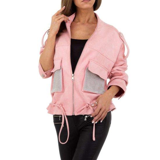 Oversized rose korte jas in velours.