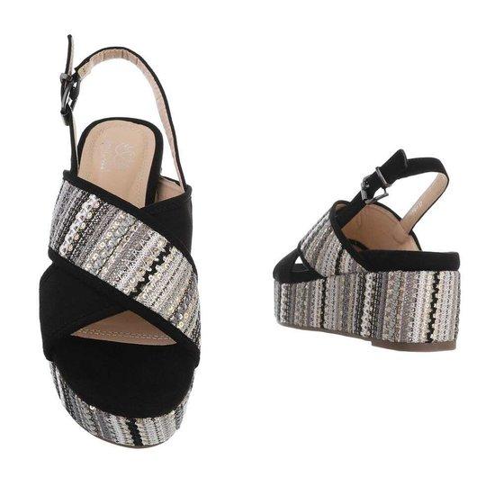 Zwarte sandaal met sleehak Lela.