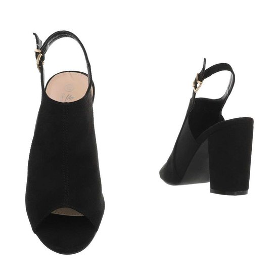 Zwarte hoge sandaal Sigrid.
