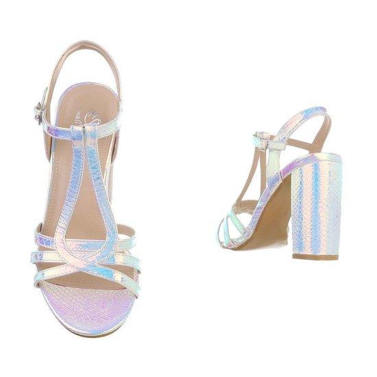 Trendy hoge zilveren sandaal Izabella.