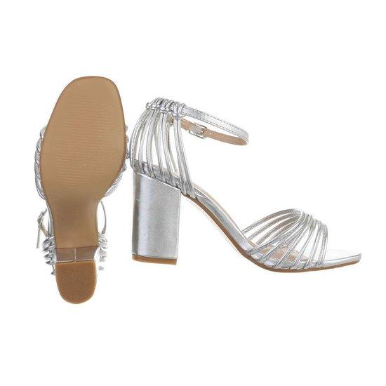 Originele hoge zilveren sandaal Suttida.