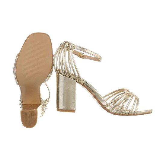Originele hoge gouden sandaal Suttida.