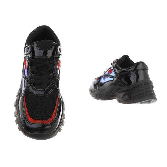 Zwarte lage sneaker Freia.