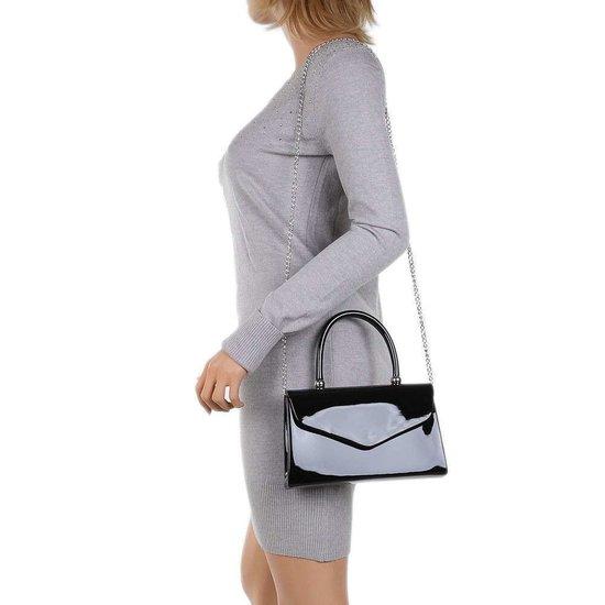 Kleine zwarte lak schoudertas.