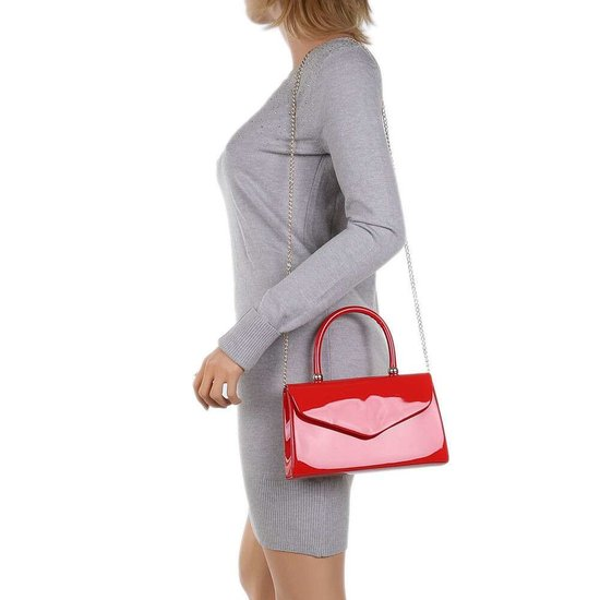 Kleine rode lak schoudertas.