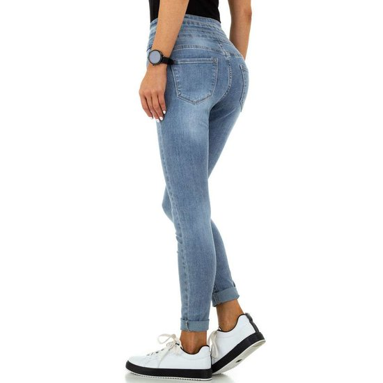 Hippe blauwe hoge taille jeans.