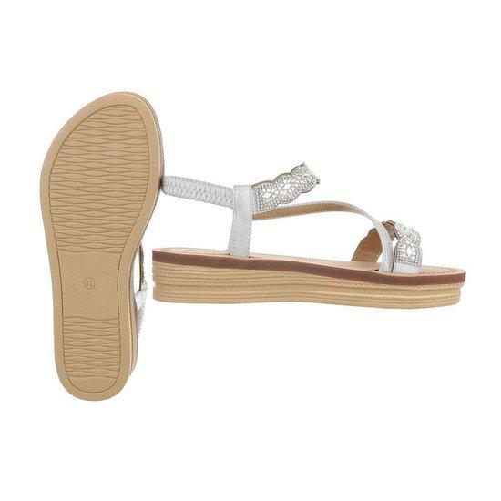 Lage zilveren sandaal Iziz.