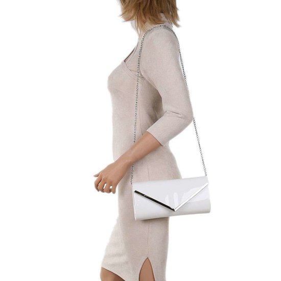 Classy witte lak clutchbag.SOLD OUT