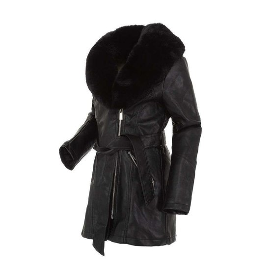 Zwarte leatherlook jas voor meisjes met zwarte pels.