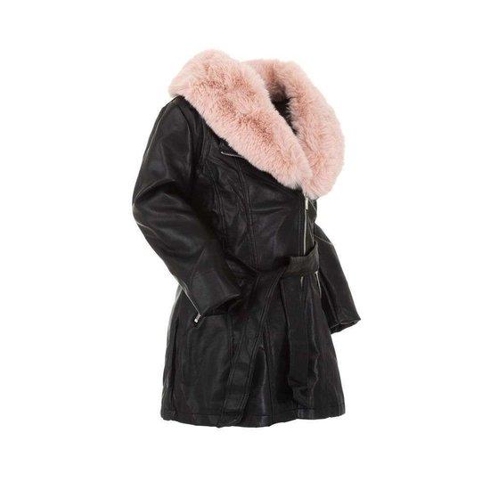 Zwarte leatherlook jas voor meisjes met roze pels.