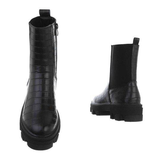 Trendy zwarte croco Chelsea boot Meral.