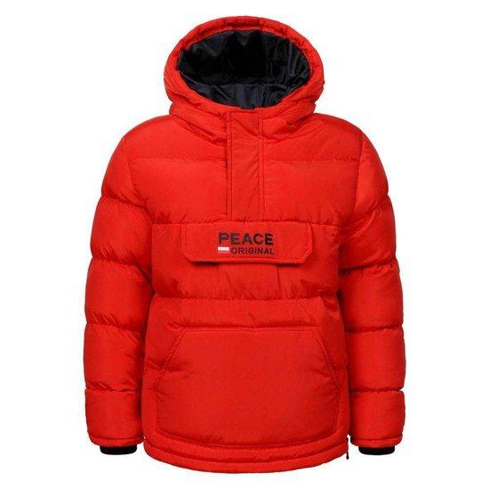 Moderne rode gewatteerde jongens winterjas.